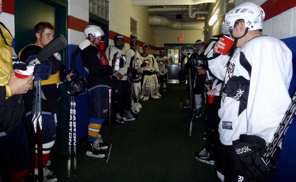 Have you ever wondered how elite athletes train and fuel to perform their best? Here's a look into the training and sports nutrition strategies taught at an elite NHL style hockey camp