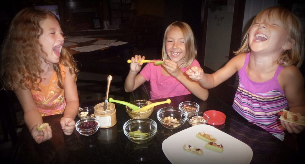 Teach kids that food is fun and encourag creativity with one of these five healthy and simple snacks to make with kids