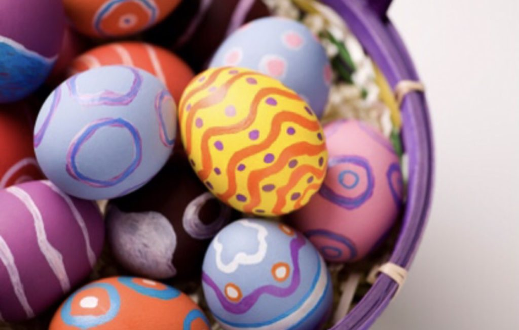 Learn how long Easter eggs last in the refrigerator and ways to eat heard boiled eggs