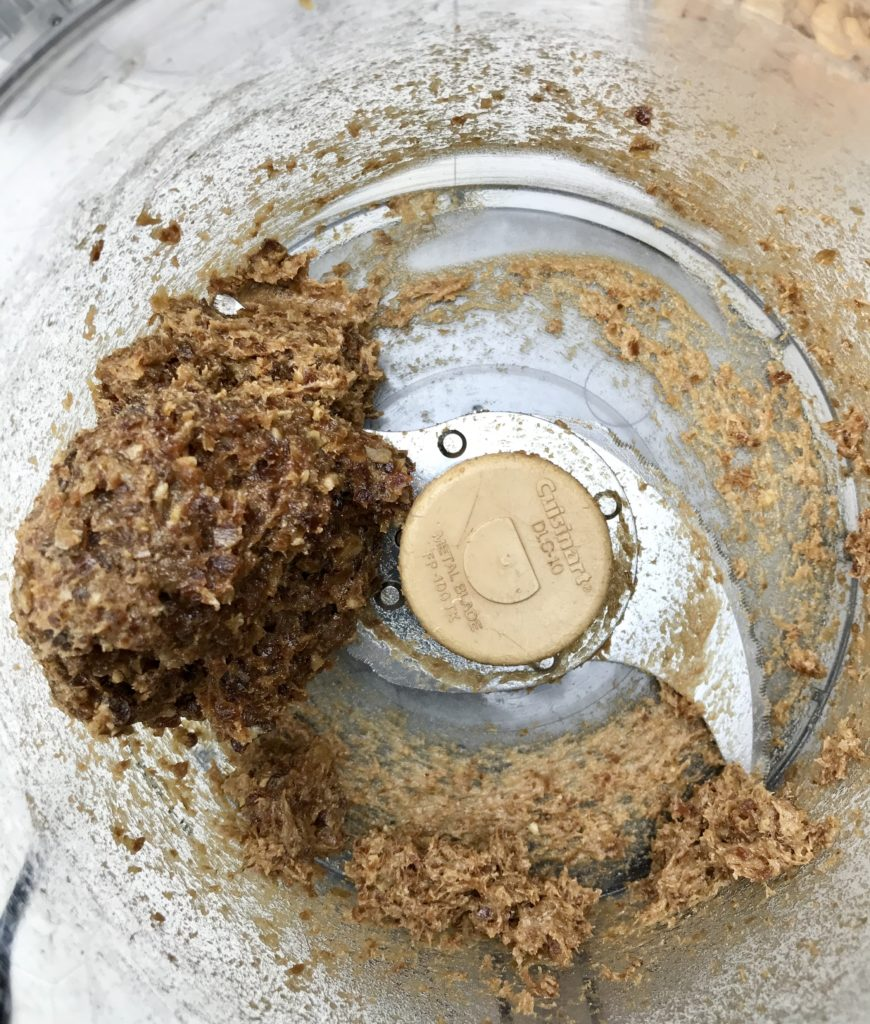 Photo shows pureeed dates in the food processor
