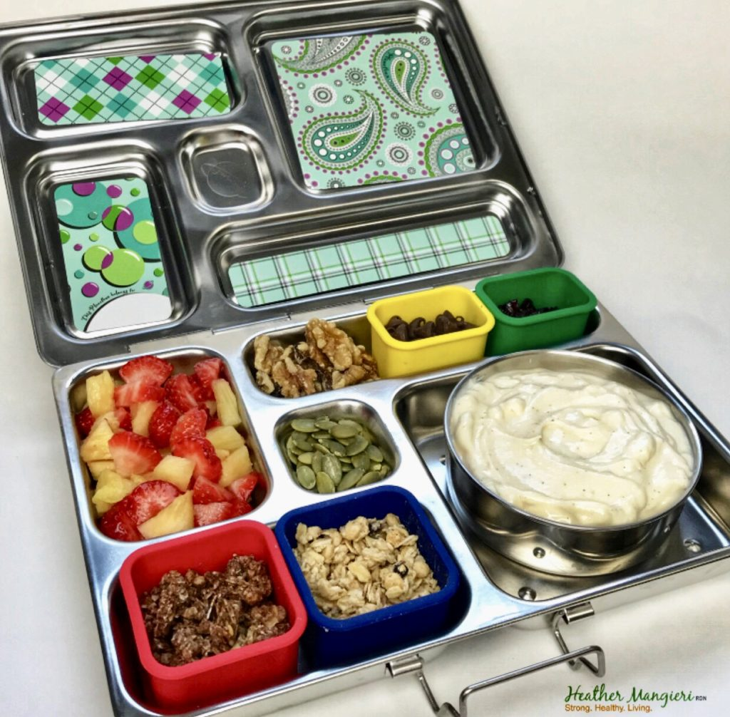 Need help packing a healthy school lunch for your child? Try one of these six healthy lunch box ideas to make going back-to-school easy