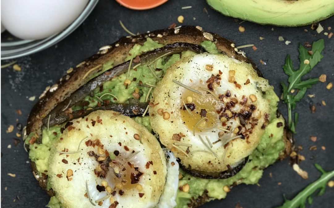Is Avocado Toast Healthy? Find out the calories and nutrition in avocado toast and how to make a protein rich avocado toast breakfast or meal