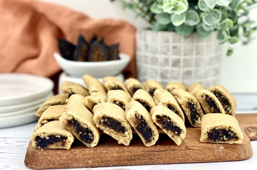 This fig newtons recipe is the homemade version of the classic cookie you can buy at the store. Enjoy one as a sweet treat, or eat a few for a quick pre-exercise or post-exercise recovery snack.