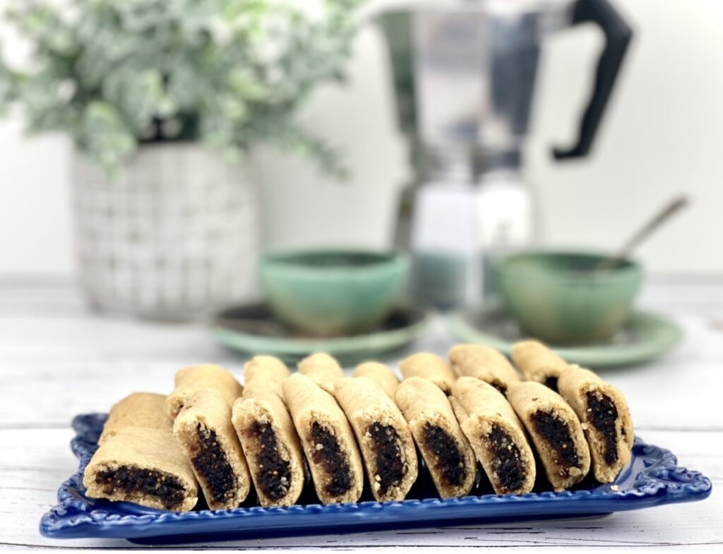 This fig newtons recipe is the homemade version of the classic cookie you can buy at the store. Enjoy one as a sweet treat, or eat a few for a quick pre-exercise or post-exercise recovery snack