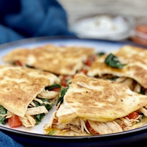 This crispy, flavor-filled chicken and spinach quesadilla takes under 10 minutes to make and is packed with over a cup of greens! It provides 36 grams of protein, 2 grams of fiber and 20% of the daily value for calcium.