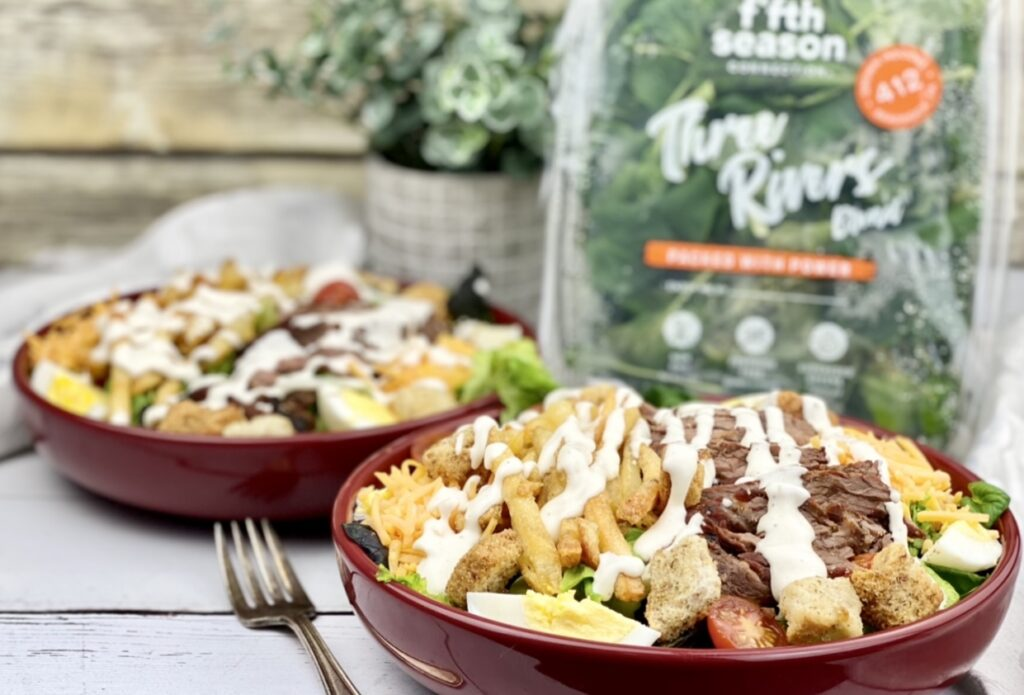 Enjoy a Pittsburgh original with this Pittsburgh steak salad – made with mixed green and topped with steak, French fried, egg & cheese & ranch dressing.
